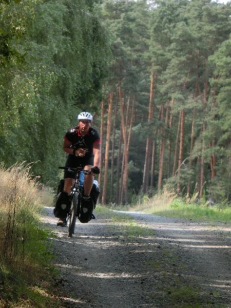 Der Wikinger musste große Teile der Strecke einhändig auf dem Rad fahren, da er sich vor dem Urlaub die Hand gebrochen hatte