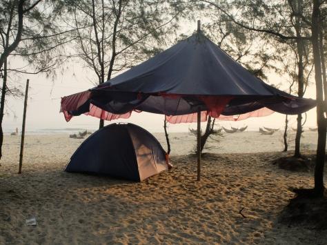 Zelt am südchinesischen Meer